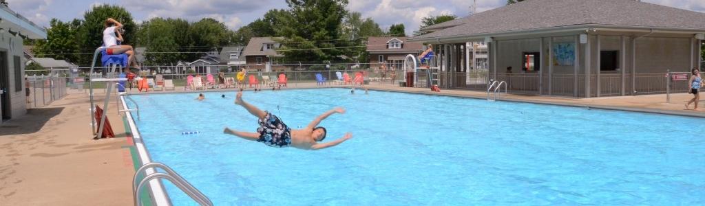 Memorial Pool Kid diving